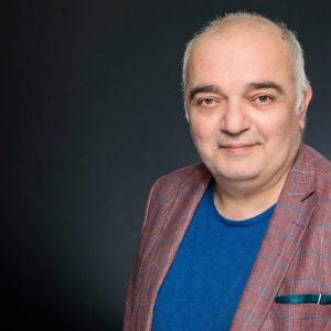 """Арман Бабикян ще води листата на """"Изправи се! Мутри вън!"""" във Велико Търново"""