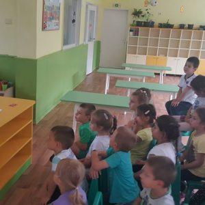 """В детска градина """"Чиполино"""" приключиха дейностите по нациоална програма """"ПО-ЗДРАВИ ДЕЦА"""""""