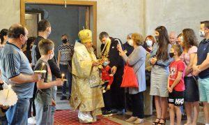 Велико Търново посрещна Възкресението със звън на всички камбани и служба на открито