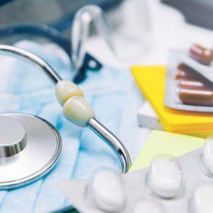 Във Велико Търново заработи първата COVID зона за безплатни лекарства и прегледи