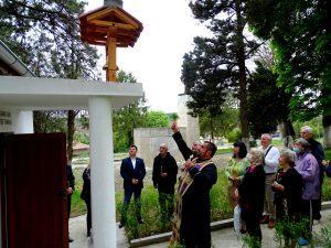 """Камбанен звън от храма """"Св. Петка"""" огласи Коевци след близо век"""