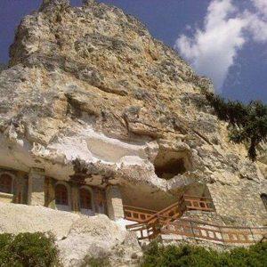 Нова скална църква разкриха спелеозите на Гимназията по туризъм