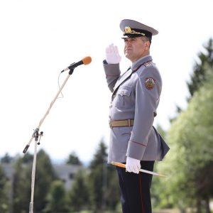 Повишават в звание началника на Военния университет