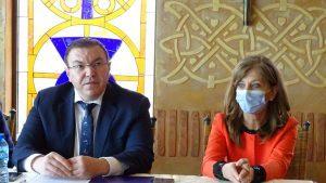 Проф. Костадин Ангелов: Румен Радев да вземе решение – дали иска да печели избори, или да спаси животи