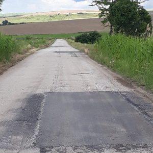 Ремонтирани са силно компрометираните участъци от пътя между селата Драгомирово и Овча могила в община Свищов