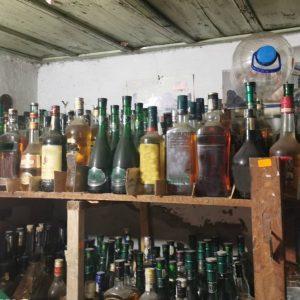Свищовски митничари задържаха 626 литра нелегален алкохол