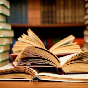 Търновци четат любовни романи и криминалета докато си стоят у дома