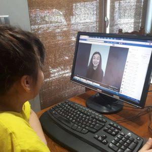 """Учителите в лясковското училище """"Цани Гинчев"""" станаха влогъри за радост на учениците си"""