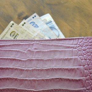 Хванаха 26-годишна крадла, задигнала портфейл с 500 лв.