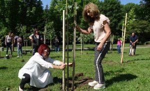 """""""Гората на децата"""" във Велико Търново символизира раждането на новия живот"""