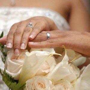 Младоженци дариха 350 лв. на Дневния център за деца с увреждания в Свищов