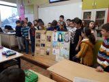 """Учениците от 2 """"б"""" клас подготвиха кратка литературно-музикална програма, посветена на св. Патриарх Евтимий, и я представиха пред съучениците си по случай патронния празник на училището"""